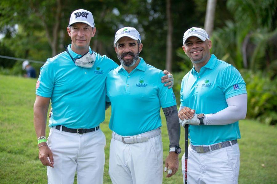 """Ejecutivos de IQtek participan en el PGA TOUR de """"Corales Puntacana Resort & Club Championship"""""""